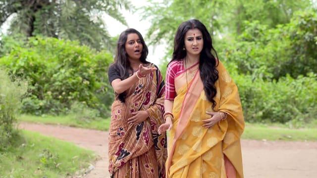 Watch Irabatir Chupkotha TV Serial Episode 298 - Irabati Faces Jhelum's Ire  Full Episode on Hotstar