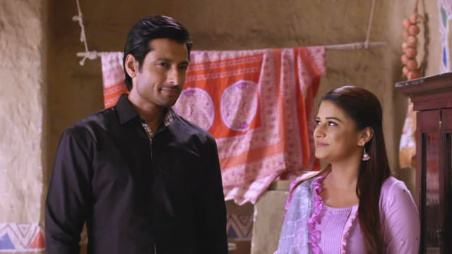 Watch Nimki Mukhiya TV Serial Episode 426 - Abhimanyu Looks After Nimki  Full Episode on Hotstar