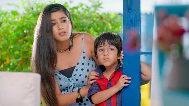Watch Yeh Rishta Kya Kehlata Hai TV Serial Episode 357 - Kairav, Lisa Team  Up Full Episode on Hotstar