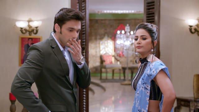 Watch Kasautii Zindagii Kay TV Serial Episode 151 - Komolika Suspects  Anurag Full Episode on Hotstar
