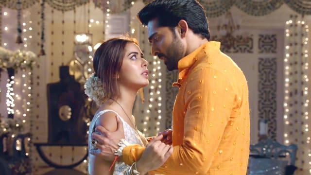 Watch Divya-Drishti TV Serial Episode 39 - Rakshit to Save Drishti? Full  Episode on Hotstar