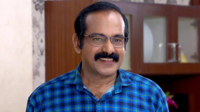 Watch Vanambadi TV Serial Episode 176 - Mohan, Chandran Bless Anumol Full  Episode on Hotstar