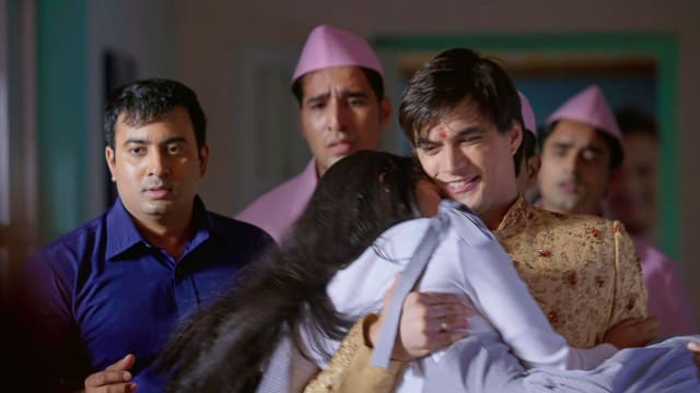 Watch Yeh Rishta Kya Kehlata Hai TV Serial Episode 401 - Kartik Rescues  Naira? Full Episode on Hotstar