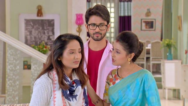 Watch Ke Apon Ke Por TV Serial Episode 438 - Miss Dutta Seeks Forgiveness  Full Episode on Hotstar