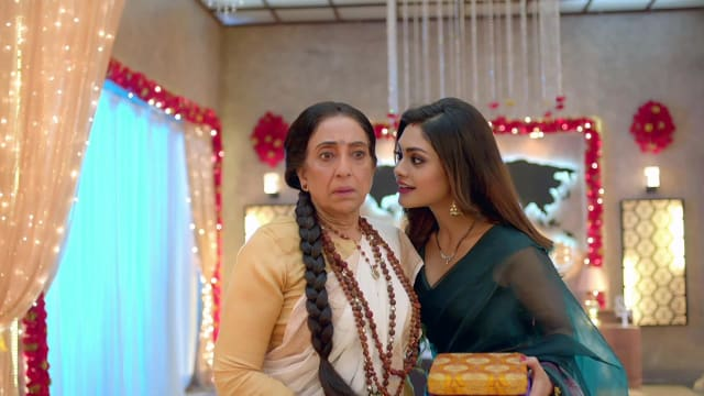 Watch Nazar TV Serial Episode 227 - Sanam to be Exposed? Full Episode on  Hotstar