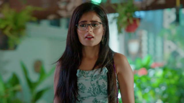Watch Yeh Rishtey Hain Pyaar Ke TV Serial Episode 81 - Mishti Searches for  Abir Full Episode on Hotstar
