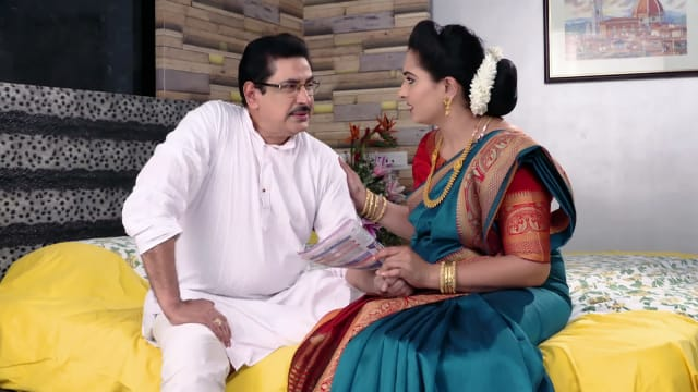 Watch Karthika Deepam TV Serial Episode 520 - Anand Rao Uses the  Opportunity Full Episode on Hotstar