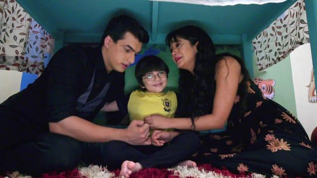 Watch Yeh Rishta Kya Kehlata Hai TV Serial Episode 418 - Kartik, Naira  Console Kairav Full Episode on Hotstar
