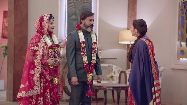 All Star Auto >> Watch Nazar TV Serial Episode 134 - Vedashri Confronts ...