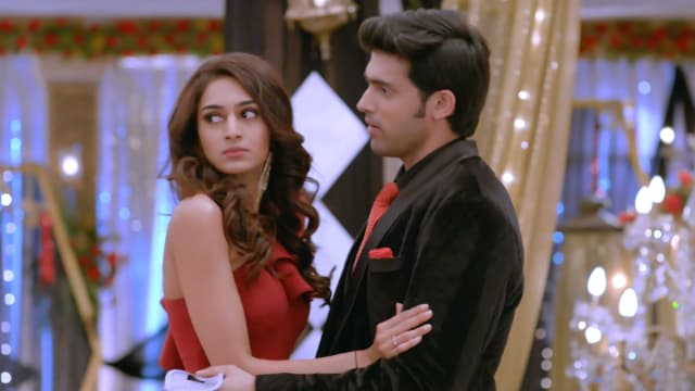 Watch Kasautii Zindagii Kay TV Serial Episode 176 - A Party at the Basus  Full Episode on Hotstar