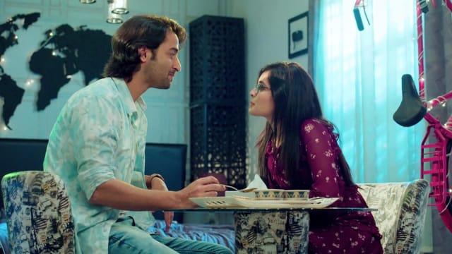 Watch Yeh Rishtey Hain Pyaar Ke TV Serial Episode 126 - Abir, Mishti's  Secret Night Out Full Episode on Hotstar