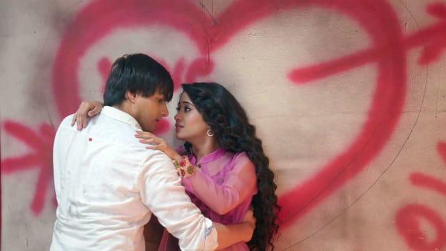 Watch Yeh Rishta Kya Kehlata Hai TV Serial Episode 282 - Naira Defends  Kartik Full Episode on Hotstar