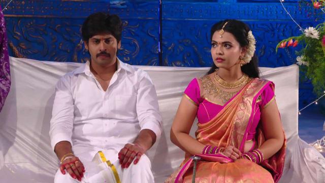 Watch Siri Siri Muvvalu TV Serial Episode 125 - Ashwin, Kavya Perform a  Ritual Full Episode on Hotstar