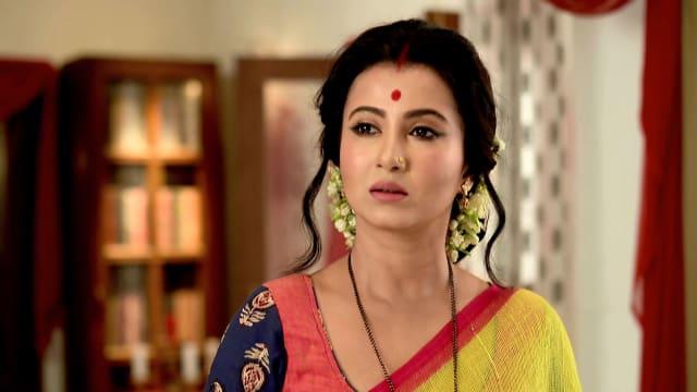 Watch Irabatir Chupkotha TV Serial Episode 226 - Akash, Irabati Get  Romantic Full Episode on Hotstar