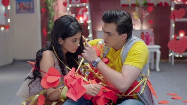 Watch Yeh Rishta Kya Kehlata Hai TV Serial Episode 284 - Kartik, Naira  Spend Quality Time Full Episode on Hotstar