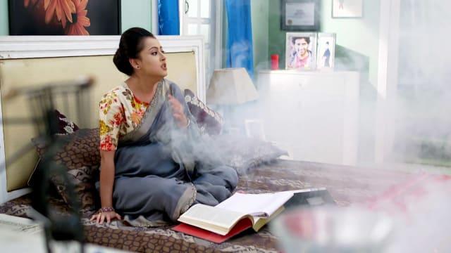 Watch Ke Apon Ke Por TV Serial Episode 585 - Joba Is Attacked Full Episode  on Hotstar