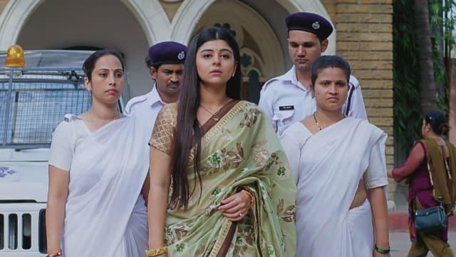 Watch Musakaan TV Serial Episode 162 - Muskaan Is Arrested Full Episode on  Hotstar