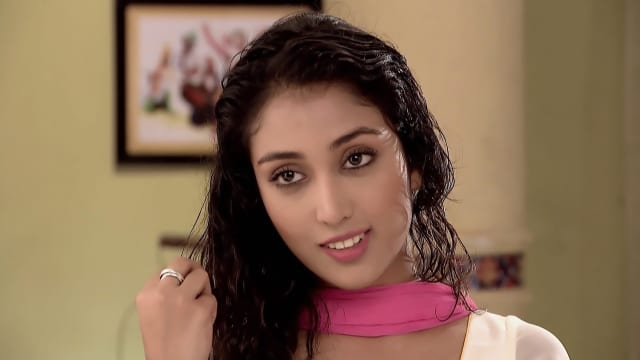 Watch Manasaveera TV Serial Episode 201 - Simran Seeks Jaggi's Help Full  Episode on Hotstar