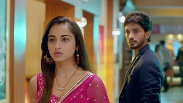 Watch Nazar TV Serial Episode 241 - A Changed Piya? Full Episode on Hotstar