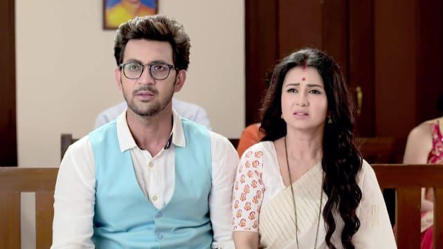 Watch Irabatir Chupkotha TV Serial Episode 216 - Meghna Questions Broto  Full Episode on Hotstar