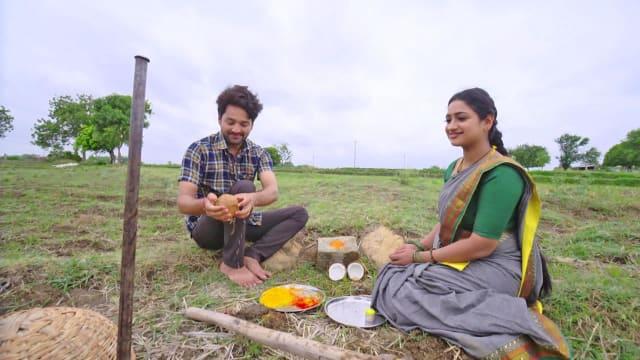 Watch Kathalo Rajakumari TV Serial Episode 399 - Akshay, Avani Perform a  Ritual Full Episode on Hotstar