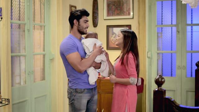 Watch Irabatir Chupkotha TV Serial Episode 305 - Neel, Sandy's Alone Time  Full Episode on Hotstar