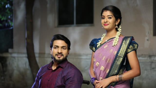 Watch Aranmanai Kili TV Serial Episode 115 - Arjun, Jaanu at Chinnathambi's  Full Episode on Hotstar