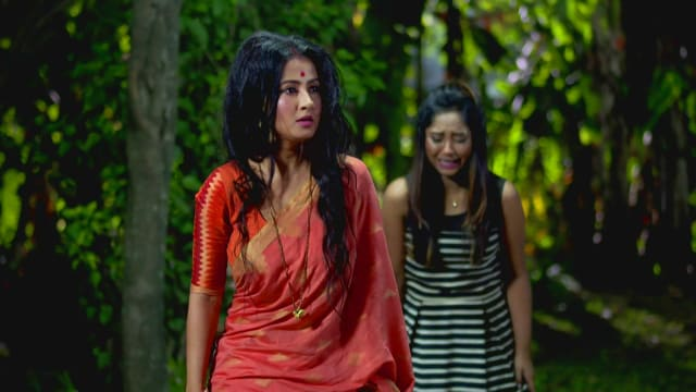 Watch Irabatir Chupkotha TV Serial Episode 211 - Irabati Rescues Sandy Full  Episode on Hotstar