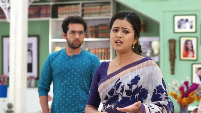 Watch Ke Apon Ke Por TV Serial Episode 649 - Joba Challenges Auritro Full  Episode on Hotstar