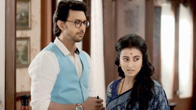 Watch Irabatir Chupkotha TV Serial Episode 276 - Irabati's Changed  Behaviour Full Episode on Hotstar