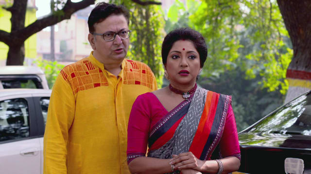 Watch Phagun Bou TV Serial Episode 294 - Gulu Has a Secret! Full Episode on  Hotstar