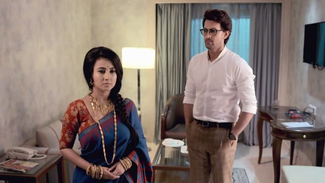 Watch Irabatir Chupkotha TV Serial Episode 59 - Irabati Submits to Akash  Full Episode on Hotstar