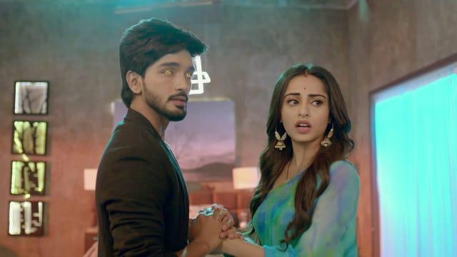 Watch Nazar TV Serial Episode 253 - Ansh, Piya in Crisis? Full Episode on  Hotstar
