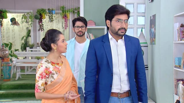 Watch Ke Apon Ke Por TV Serial Episode 441 - Param Shocks Joba, Sarthak  Full Episode on Hotstar