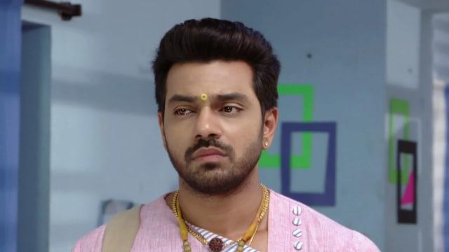 Watch Agni Sakshi TV Serial Episode 462 - Shanker Lands in a Fix Full  Episode on Hotstar