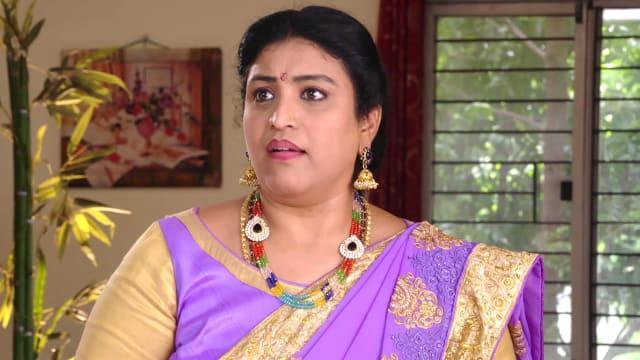 Watch Karthika Deepam TV Serial Episode 548 - Bhagyalakshmi Makes an  Attempt Full Episode on Hotstar