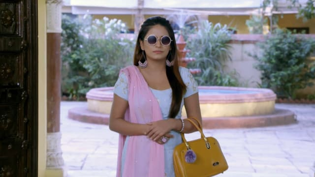 Watch Nimki Mukhiya TV Serial Episode 444 - Nimki's Back in the Haveli Full  Episode on Hotstar