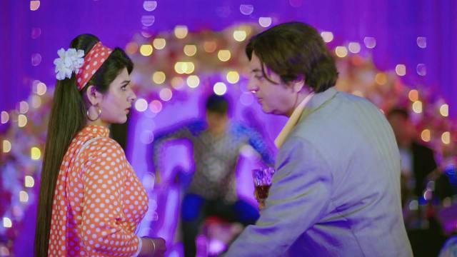 Watch Musakaan TV Serial Episode 311 - Muskaan Slaps a Guest Full Episode  on Hotstar