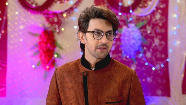 Watch Irabatir Chupkotha TV Serial Episode 98 - Akash Defends Irabati Full  Episode on Hotstar
