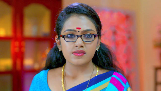 Watch Kasthooriman TV Serial Episode 434 - Kavya Slaps Abhirami Full  Episode on Hotstar