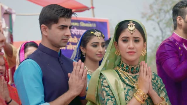 Watch Yeh Rishta Kya Kehlata Hai TV Serial Episode 286 - Naira Meets  Kartik's Family Full Episode on Hotstar