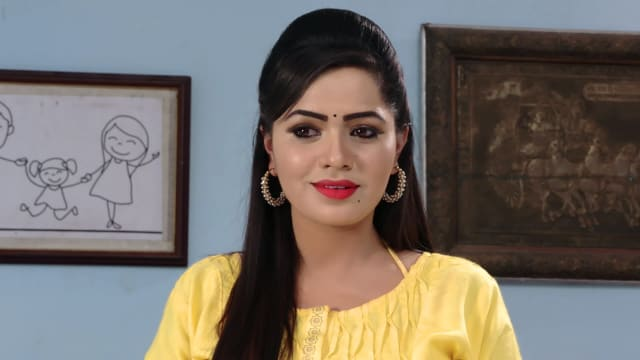 Watch Karthika Deepam TV Serial Episode 509 - Mounitha at Deepa's House  Full Episode on Hotstar