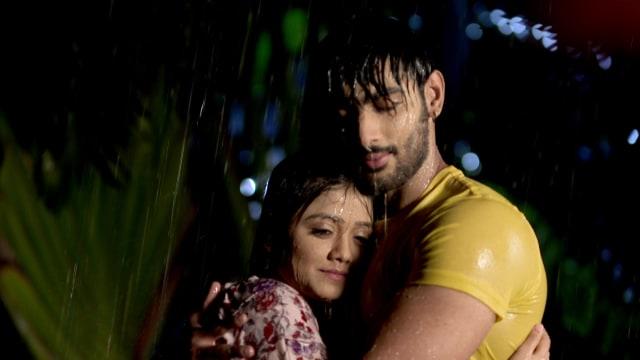 Watch Irabatir Chupkotha TV Serial Episode 296 - Neel, Teesta's Romantic  Moment Full Episode on Hotstar