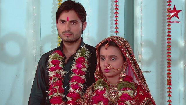 Saath Nibhaana Saathiya - Watch Episode 12 - Radha marries Umang on Disney+ Hotstar