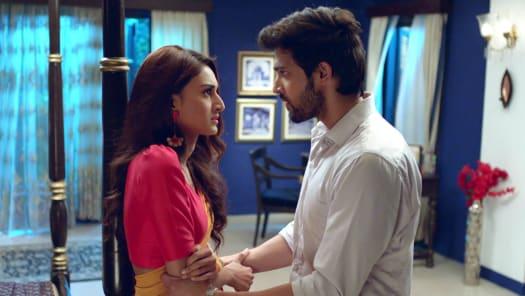 Watch Kasautii Zindagii Kay TV Serial Episode 234 - Anurag, Prerna's Odd  Meeting Full Episode on Hotstar