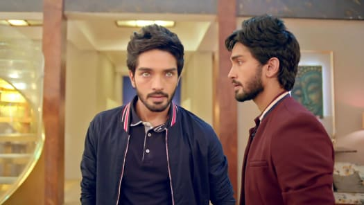 Adhe Kangal Serial Full Episodes, Watch Adhe Kangal TV Show