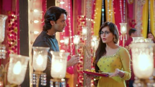 Watch Yeh Rishtey Hain Pyaar Ke TV Serial Episode 130 - Mishti Plans a  Surprise Full Episode on Hotstar