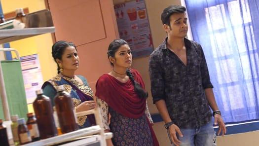 Watch Nimki Mukhiya TV Serial Episode 218 - Abhimanyu Seeks Answers