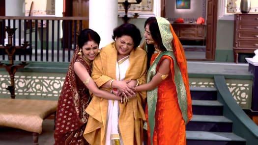 Watch Debi Choudhurani TV Serial Episode 294 - Prafulla to Help
