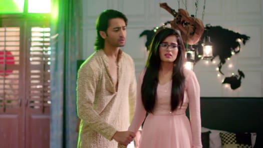 Watch Yeh Rishtey Hain Pyaar Ke TV Serial Episode 55 - Mishti Takes